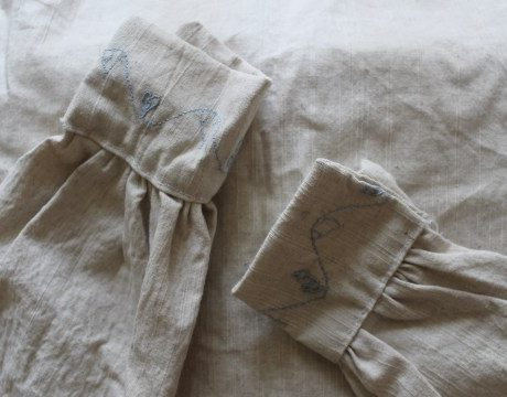 I made a 16th century shirt and it taught me about the crisis of fast fashion